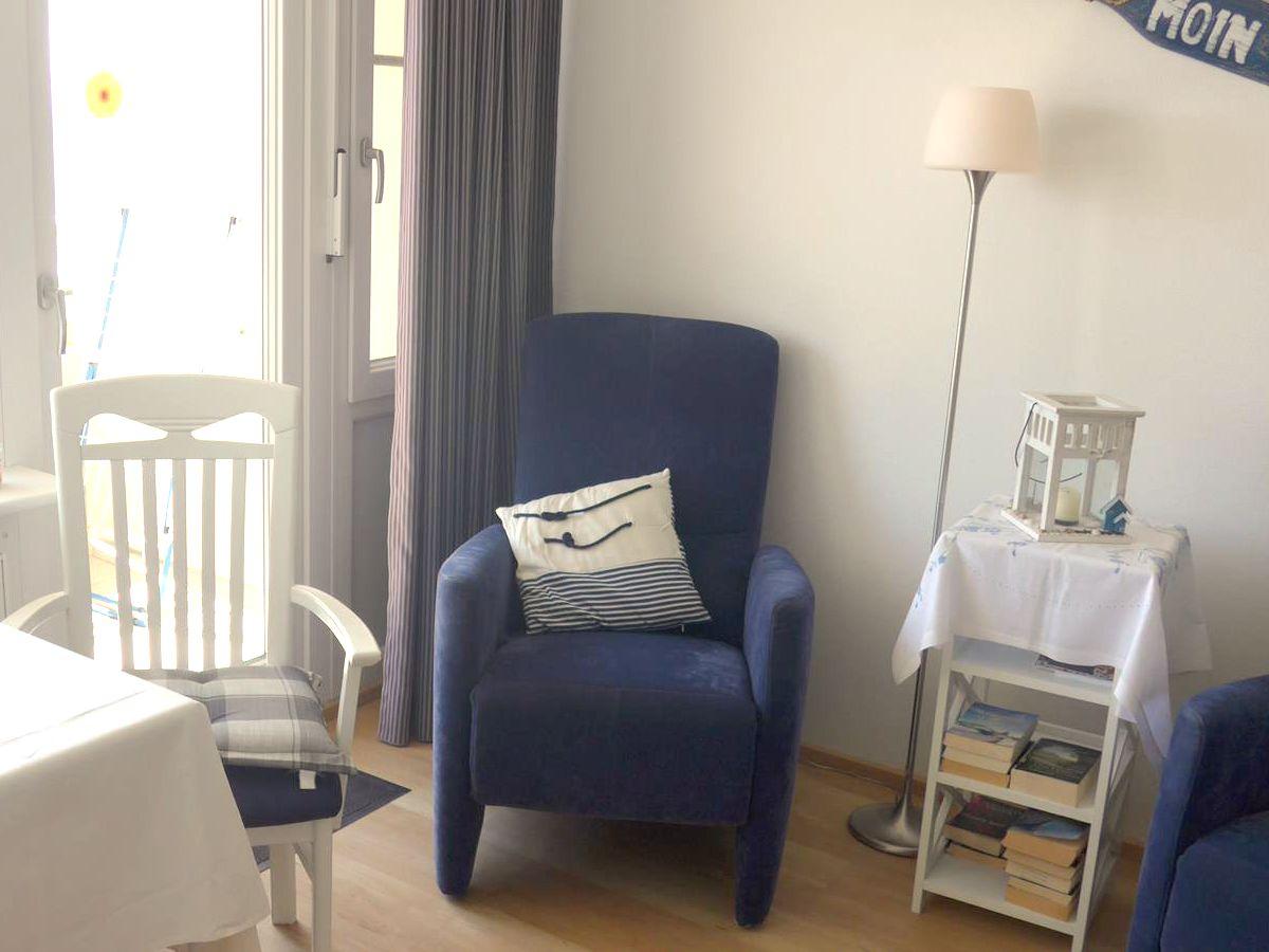 gem tliche moderne sessel neuesten design kollektionen f r die familien. Black Bedroom Furniture Sets. Home Design Ideas