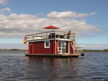 hausboote in schleswig holstein mieten urlaub in. Black Bedroom Furniture Sets. Home Design Ideas