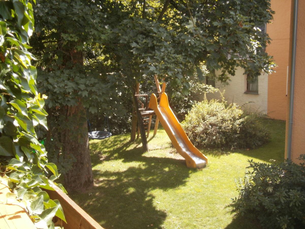 Ferienwohnung weih 2 fichtelgebirge frau inge weih for Gartenpool mit rutsche