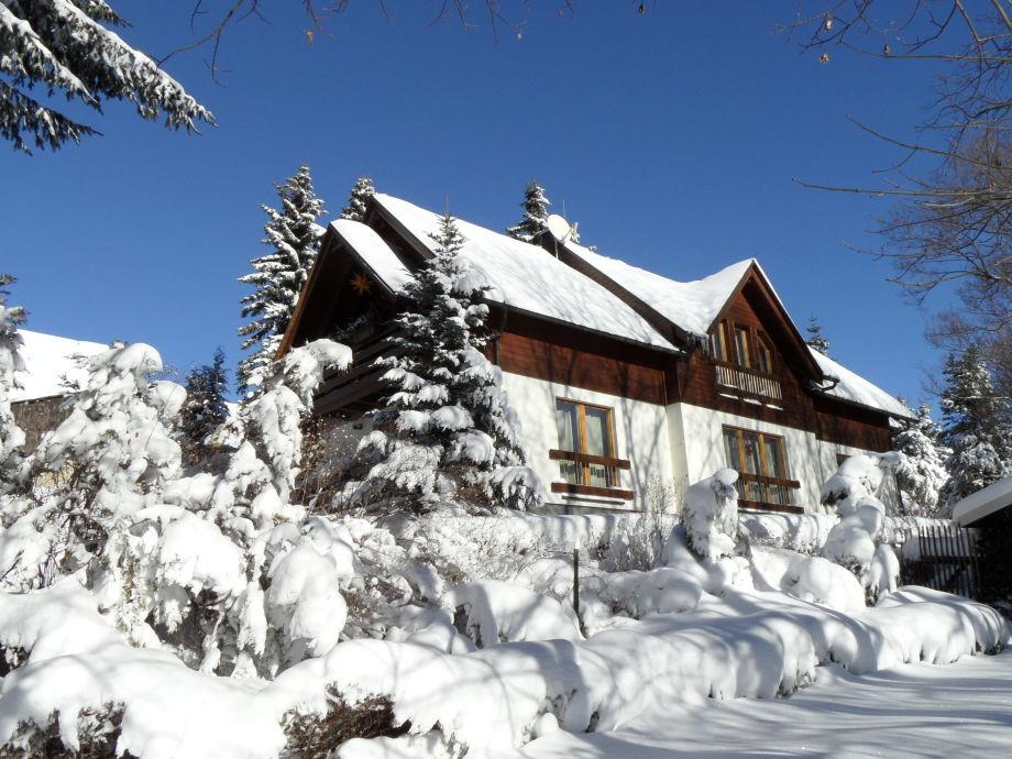 Ferienhaus Südseite im Winter 2012