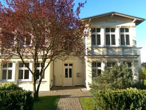 "Holiday apartment Villa ""Strandgut-Segelkoje"""