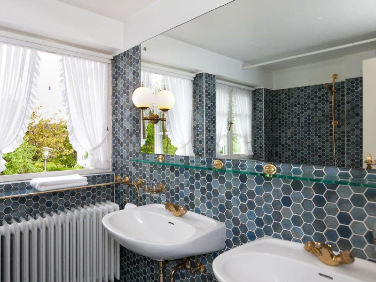 Ferienhaus stadumstrasse 60 westerland frau stephanie for Doppelwaschtisch