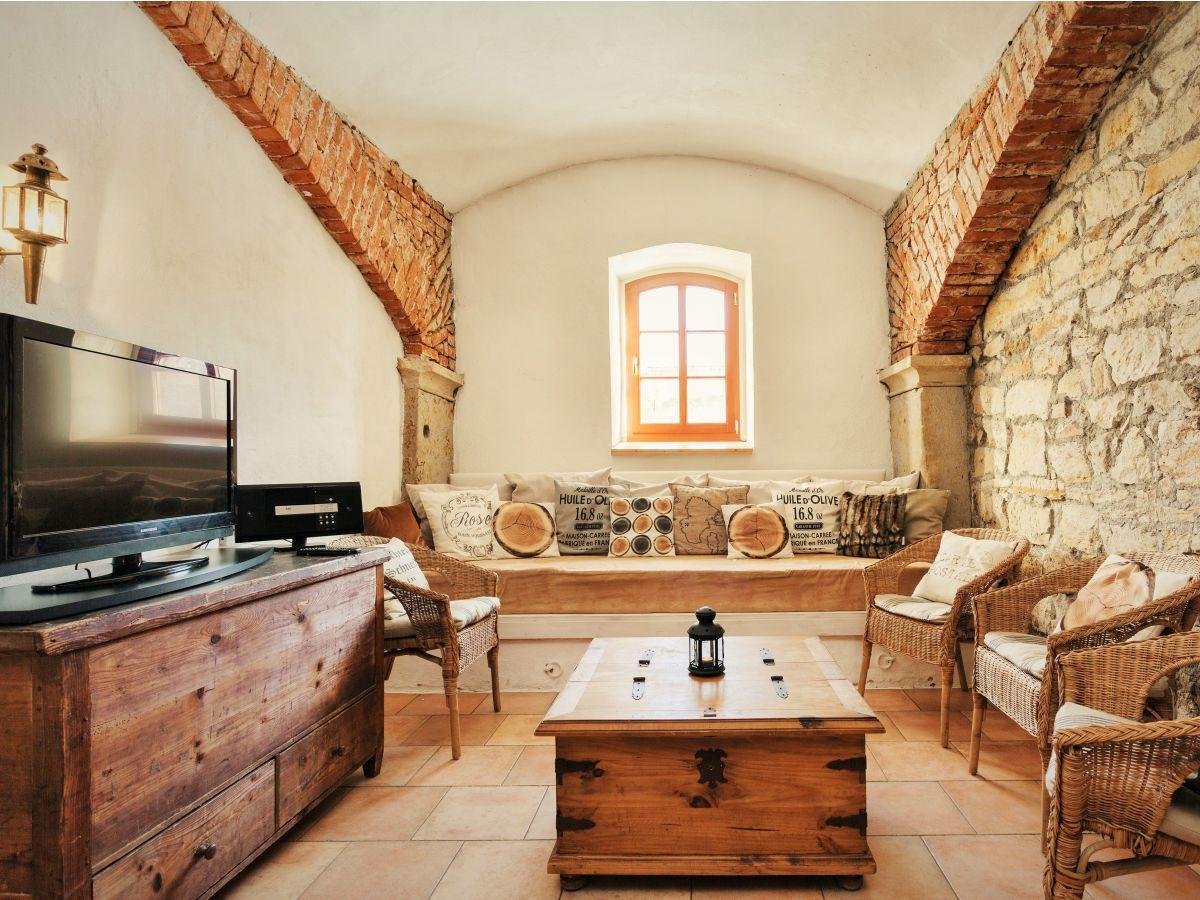 Ferienhaus landhaus luise sachsen dresdner umland kreischa frau monika wessel - Wohnzimmer mit kamin ...