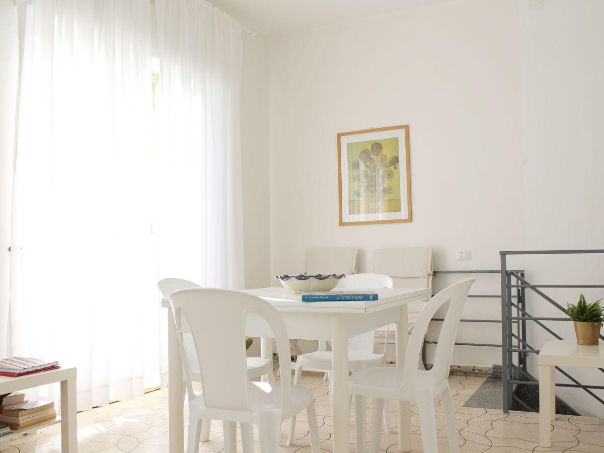 ferienwohnung casa teresa 2 sizilien ragusa scicli. Black Bedroom Furniture Sets. Home Design Ideas