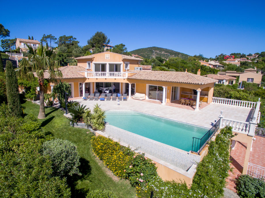 Villa Perdrix, Côte d\'Azur, Les Issambres - Firma Azurrental ...