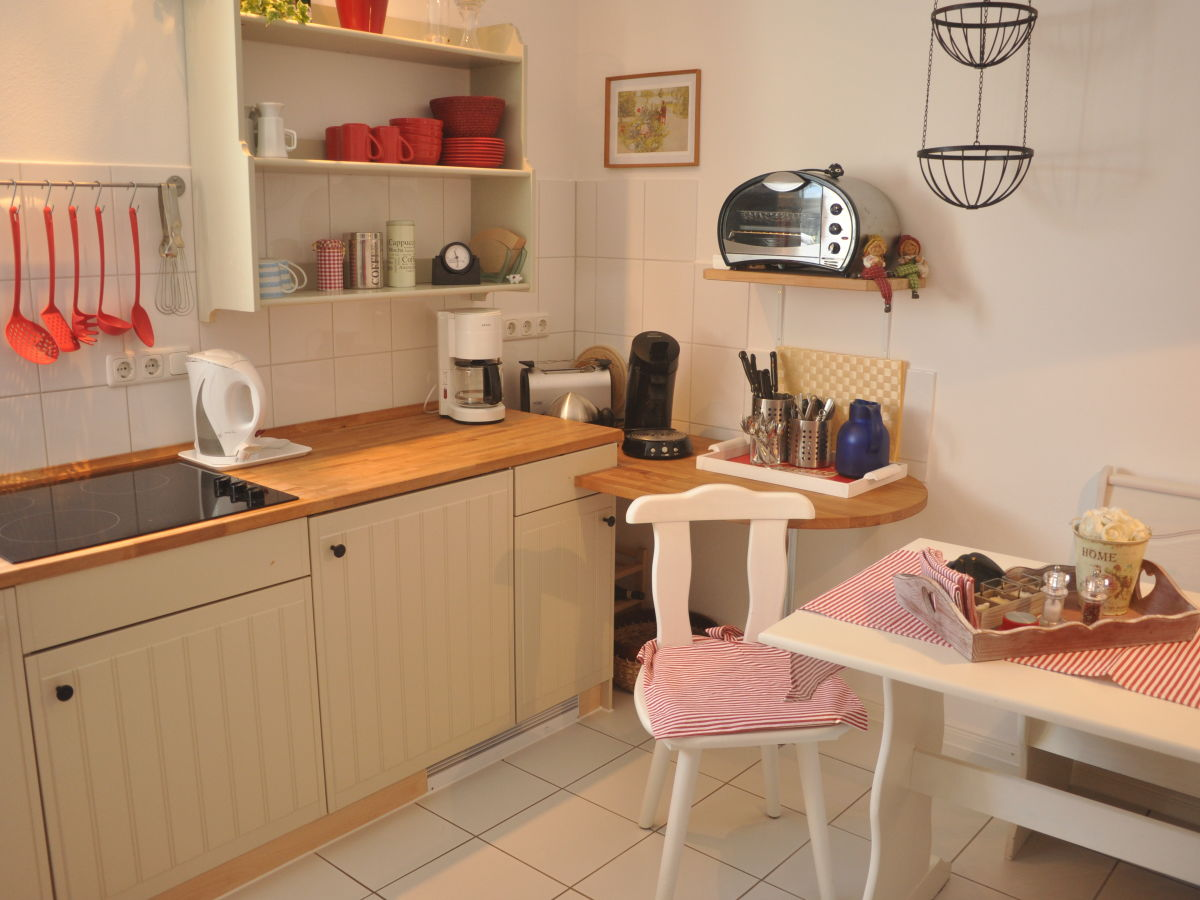 ferienhaus in der ferienanlage pontus zislow familie skiona und armin fr hlich. Black Bedroom Furniture Sets. Home Design Ideas
