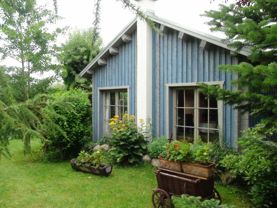 Blockhaus mit Garten