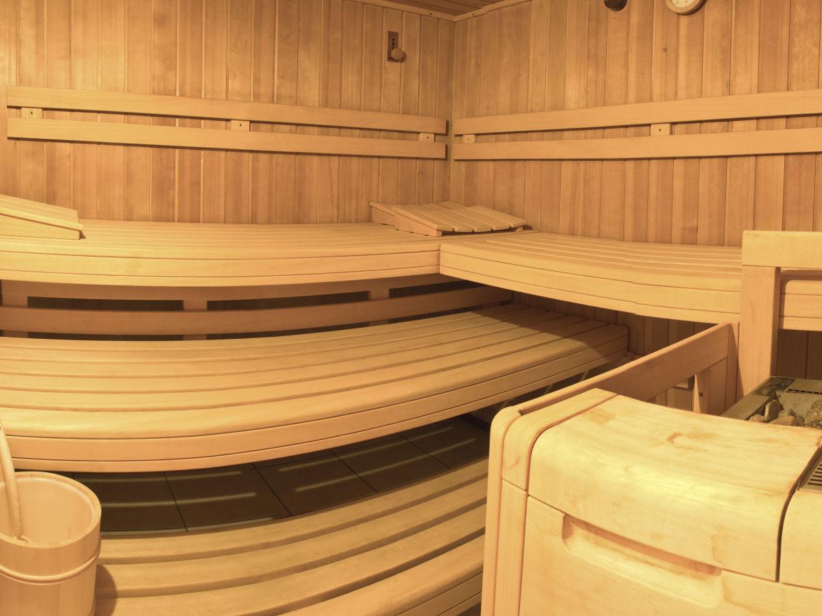 ferienhaus frauenmantel appartement salzbugerland frau anneliese jenerwein. Black Bedroom Furniture Sets. Home Design Ideas