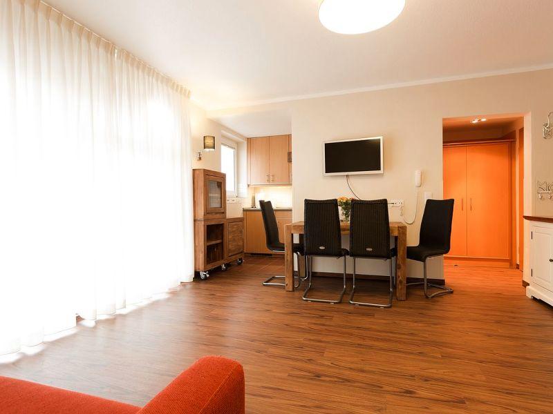 Apartment Heuler