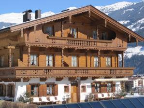 """Ferienwohnung """"Alpenrose"""" im Huaterhof"""