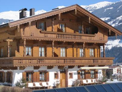 """Alpenrose"" im Huaterhof"