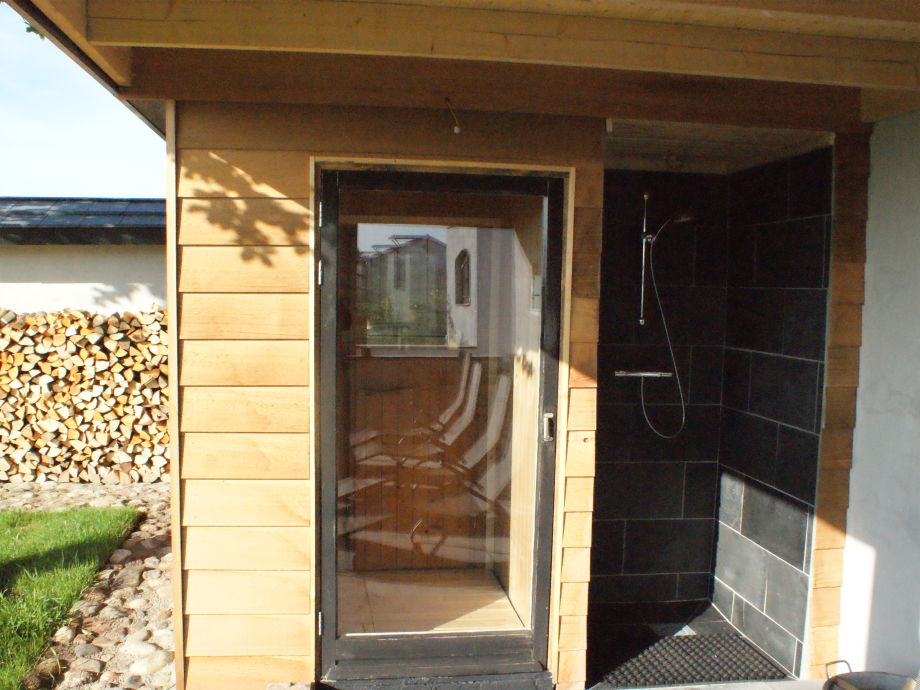 ferienhaus ruigenhoek 13 noordwijkerhout s d holland firma ferienhaus ruigenhoek frau. Black Bedroom Furniture Sets. Home Design Ideas