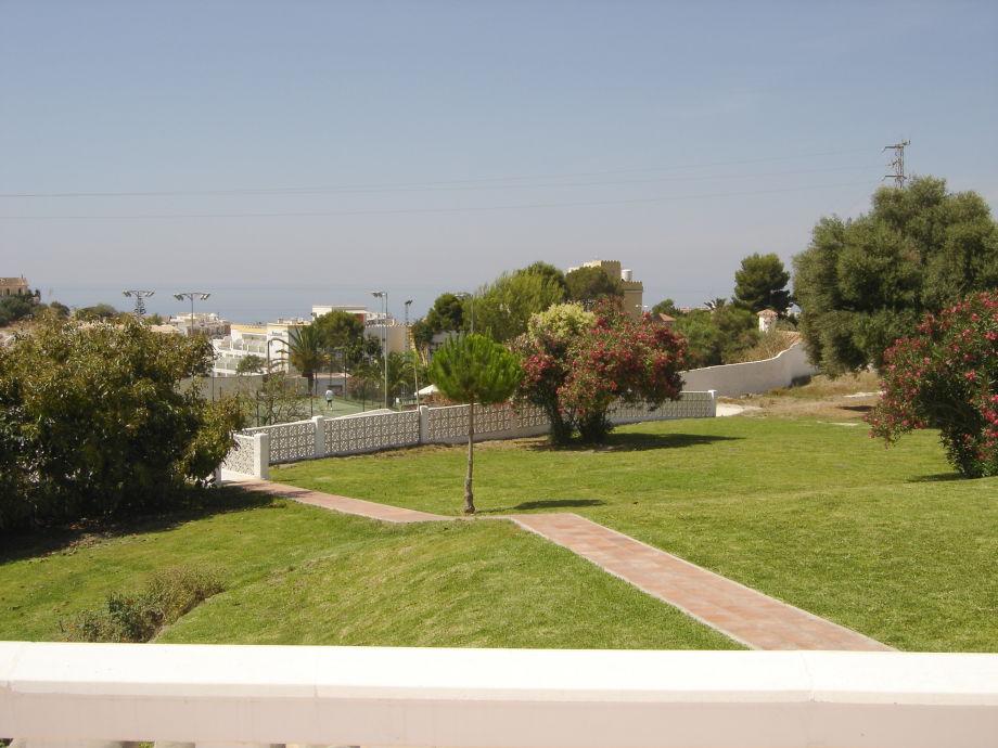 Blick auf den 3000m² großen Park