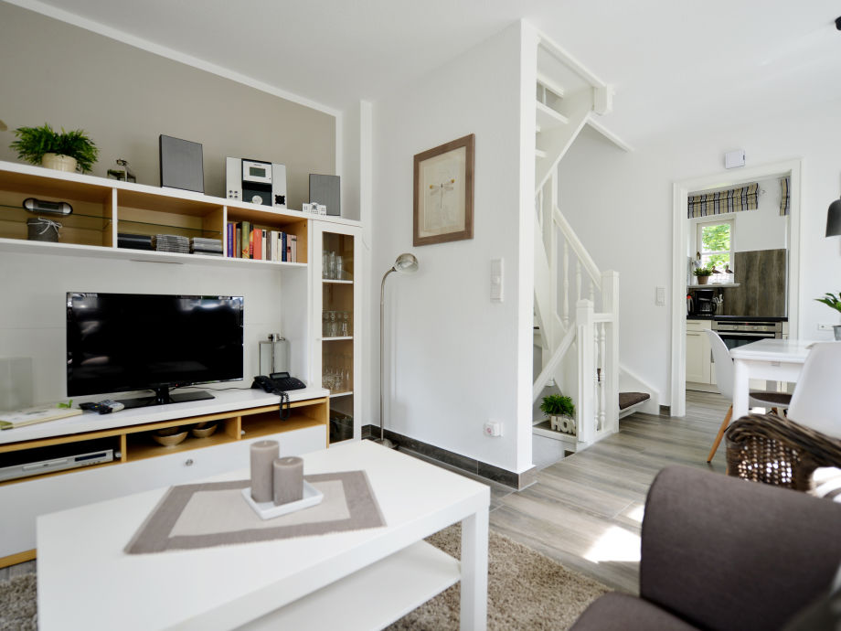 wohnzimmer spitzboden. Black Bedroom Furniture Sets. Home Design Ideas