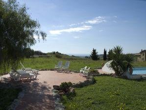 Ferienwohnung auf dem Biohof- Casale dei