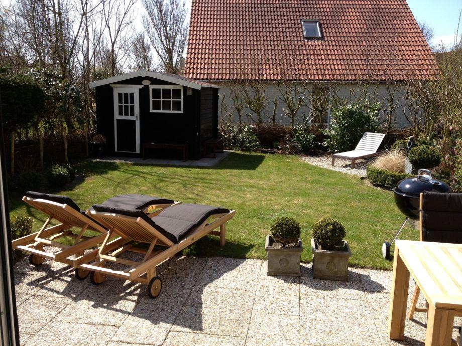 Gartenansicht von der Terrasse