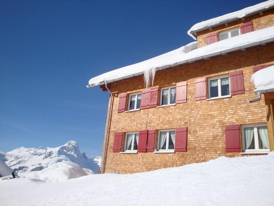 Zuhause in einem Wintermärchen
