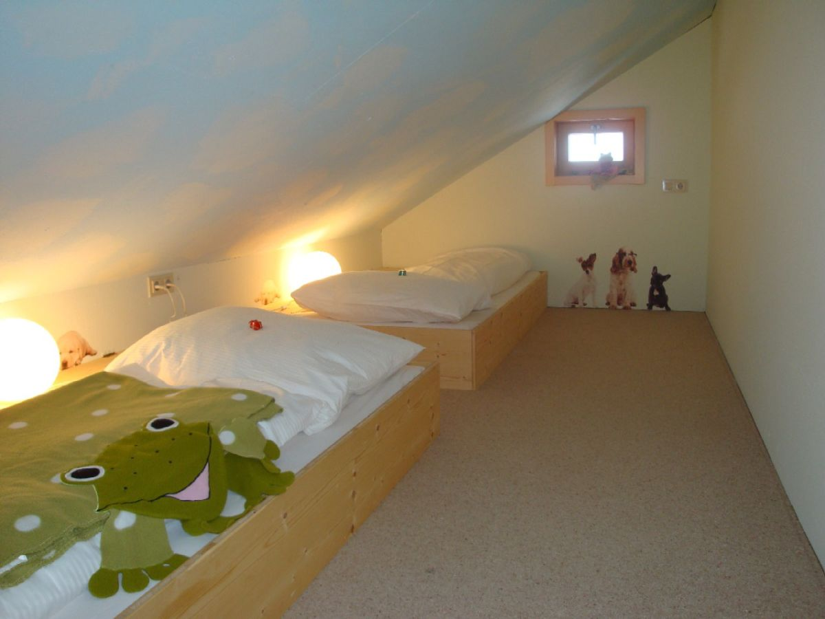 ferienwohnung edelweiss schr cken firma schwarzmann s. Black Bedroom Furniture Sets. Home Design Ideas