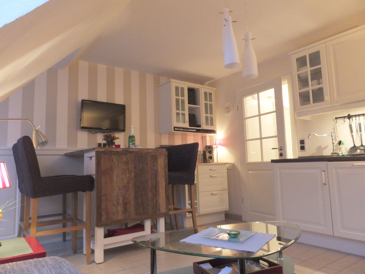ferienwohnung 5 in der anlage lister tor sylt firma appartementvermittlung pirko schmidt. Black Bedroom Furniture Sets. Home Design Ideas