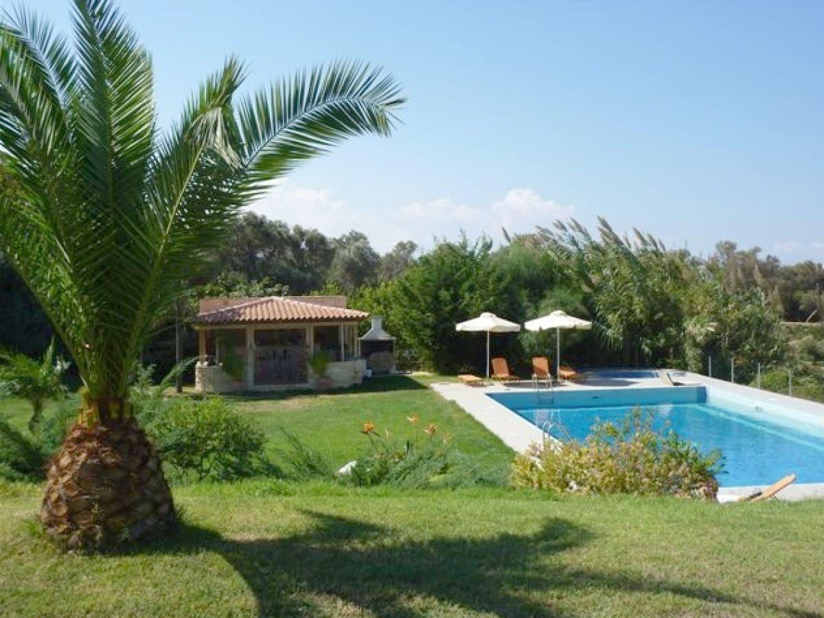 Villa prinosvilles mit traumhaften meeresblick prinos for Gartenpool 5m