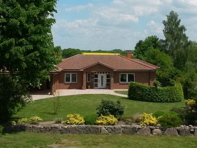 Bungalow Ferienhaus Biosphärenreservat Schaalsee / Neuhof