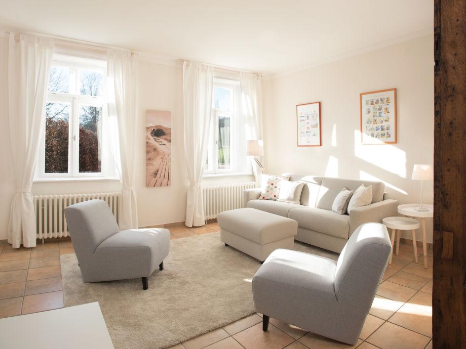 Das Wohnzimmer (neu möbliert 2016!)