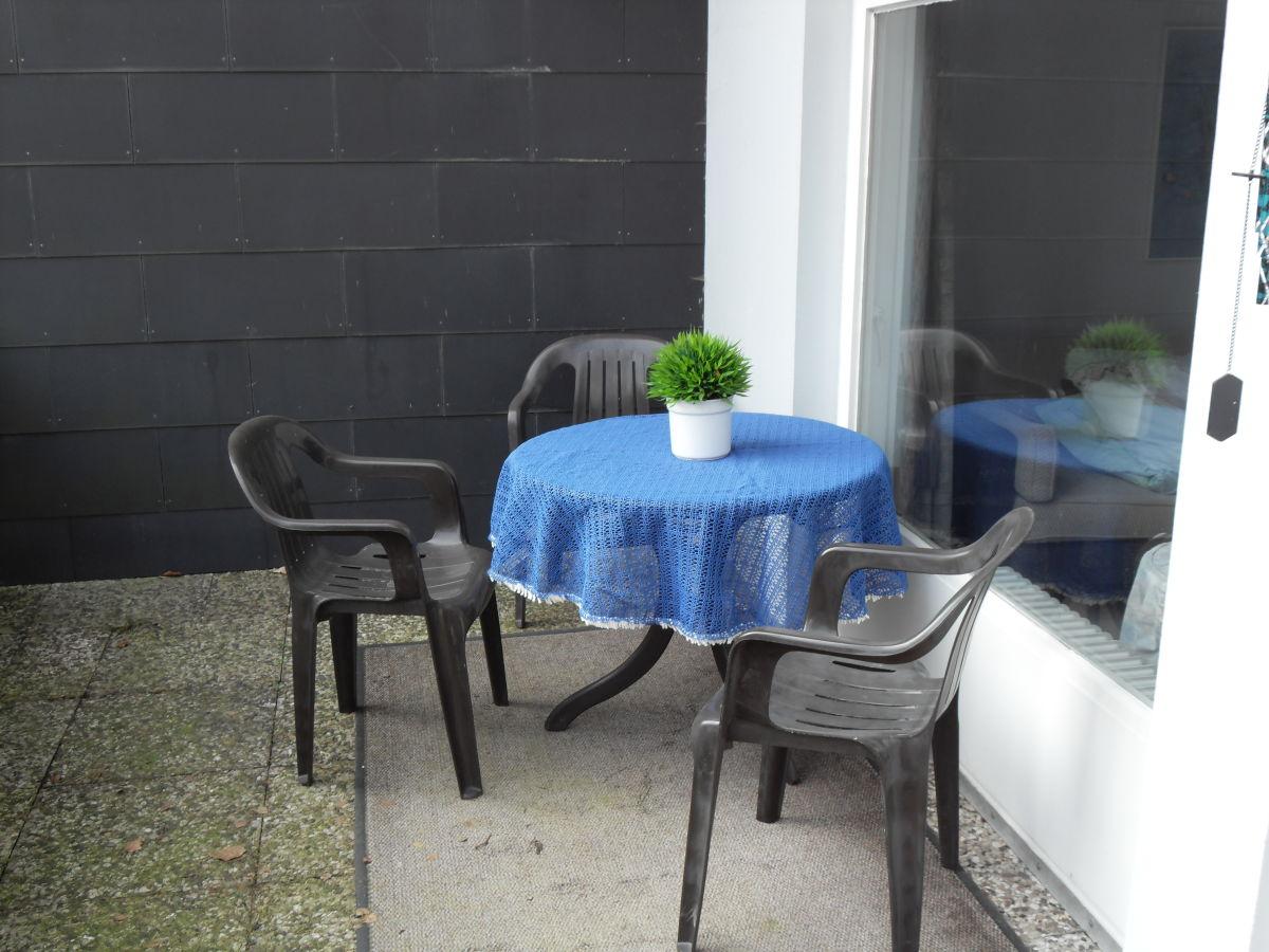 Ferienwohnung waldfewo mit schwimmbad bad harzburg harz for Markise balkon mit tapeten farbe