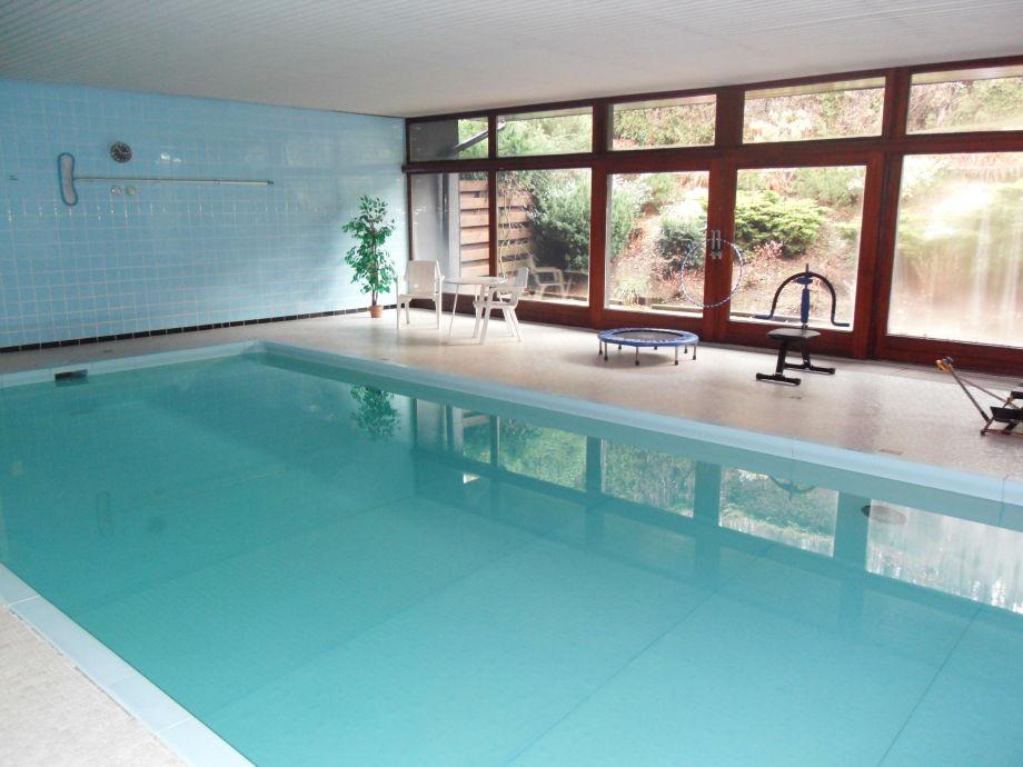 ferienwohnung waldfewo mit schwimmbad bad harzburg harz herr h klose tittel. Black Bedroom Furniture Sets. Home Design Ideas