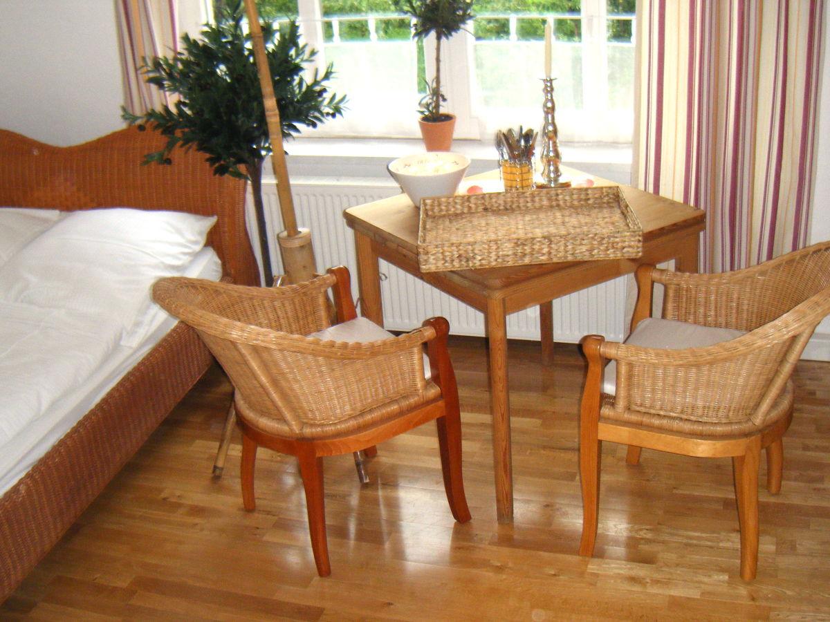ferienwohnung landhaus b low we b lows blick ostsee k hlungsborn firma take ferienwohnungen. Black Bedroom Furniture Sets. Home Design Ideas