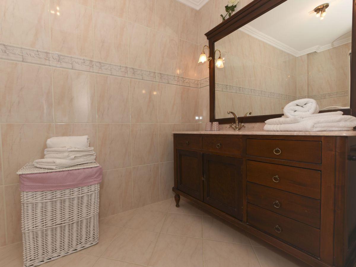 ferienwohnung gmelinstra e 27 eg wyk auf f hr firma feriendomizile insel f hr frau renate. Black Bedroom Furniture Sets. Home Design Ideas