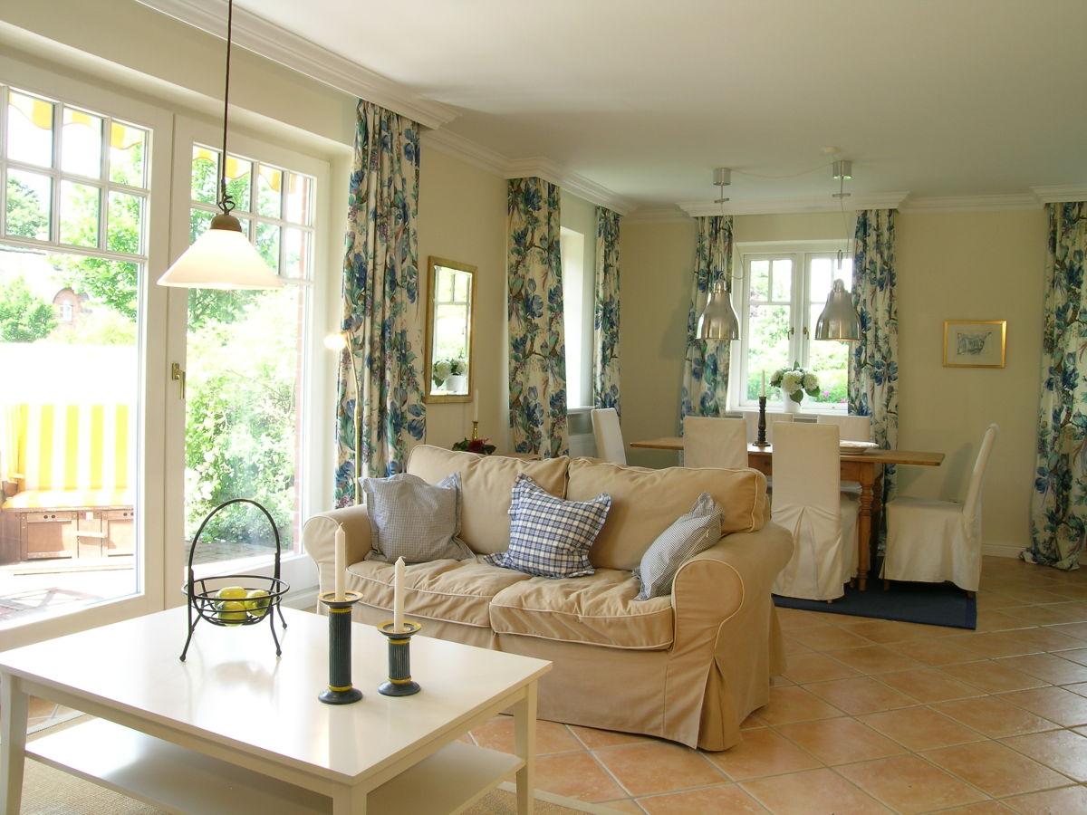 ferienwohnung gmelinstra e 27 eg wyk auf f hr s dstrand. Black Bedroom Furniture Sets. Home Design Ideas