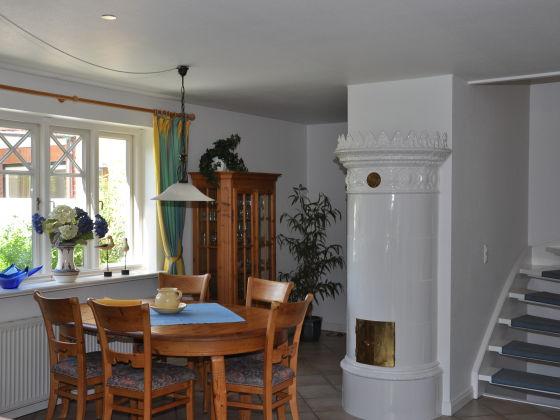 ferienhaus gmelinstra e 27 a wyk auf f hr s dstrand firma feriendomizile insel f hr. Black Bedroom Furniture Sets. Home Design Ideas