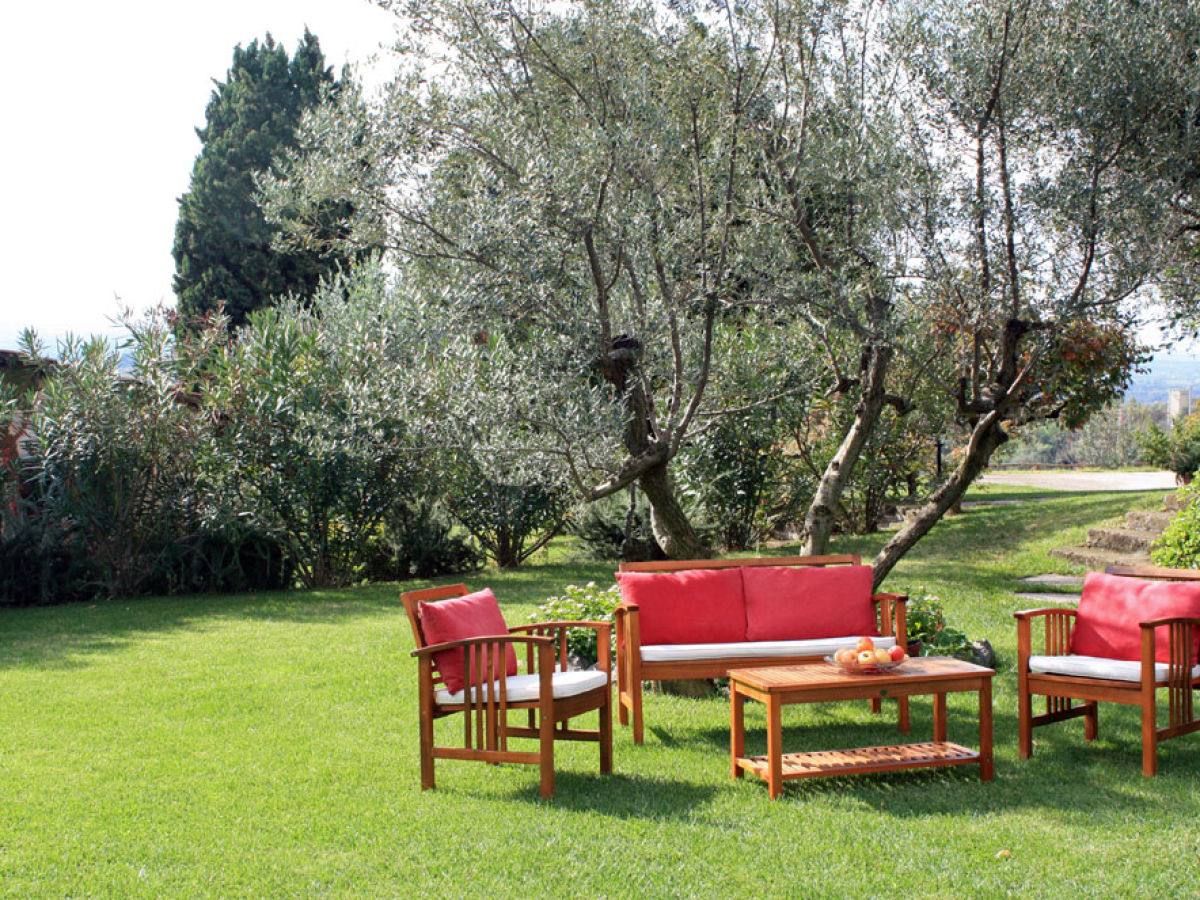 Ferienwohnung vigna luisa latium region rom donatella for Garten sitzgruppe