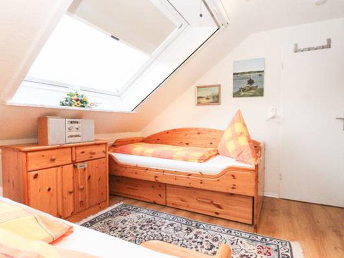 Ferienwohnung sch fer 4 norddeich nordsee ostfriesland - Schlafzimmer stefan ...