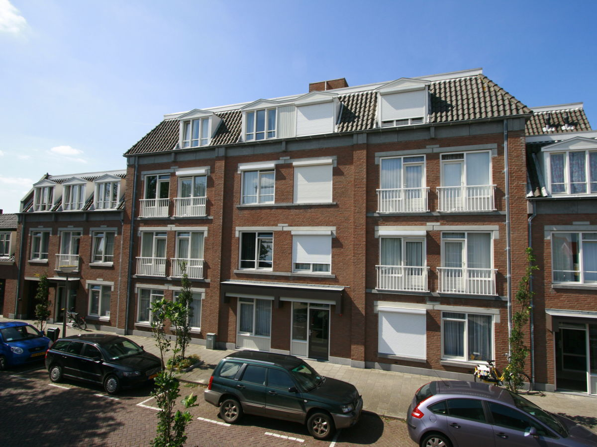 apartment residence de l 39 europe noordstraat 19d walcheren domburg firma baddomburg herr. Black Bedroom Furniture Sets. Home Design Ideas