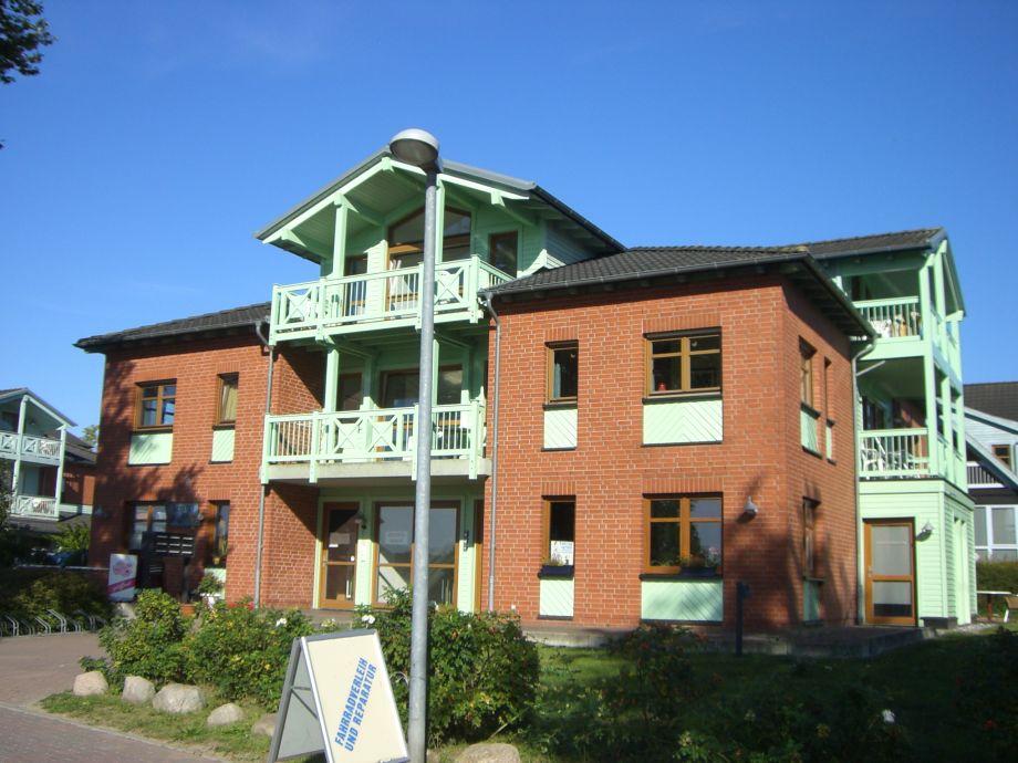 Zeeenhaus 5 - die Fewo im DG  hat drei Balkone