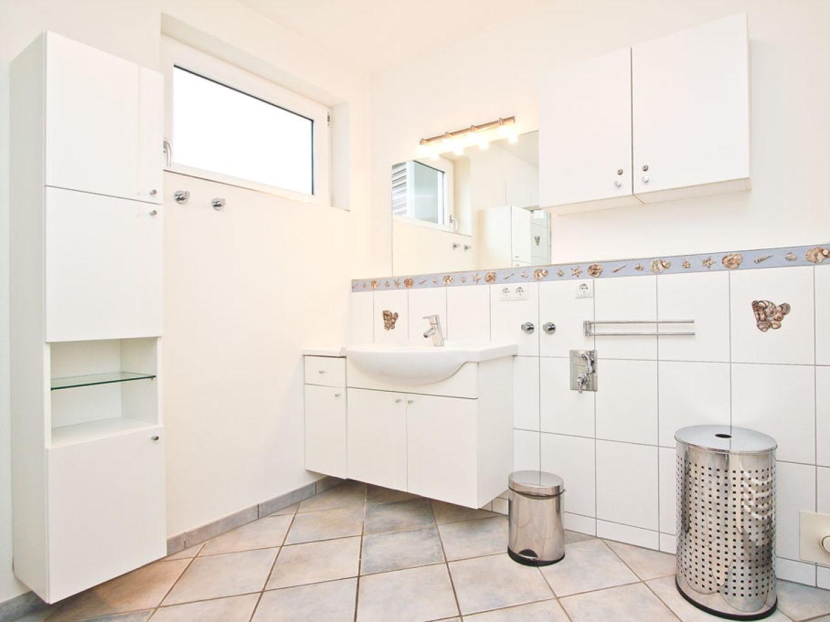 ferienwohnung wohnen am meer app 15 schleswig holstein ostsee timmendorfer strand firma. Black Bedroom Furniture Sets. Home Design Ideas