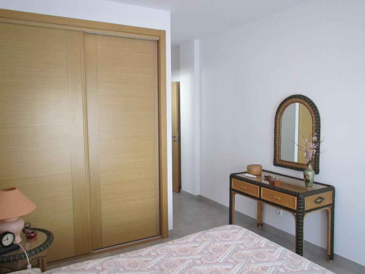 ferienhaus casa angelo zwischen albufeira und armacao de pera frau elena laranjeira deutsche. Black Bedroom Furniture Sets. Home Design Ideas