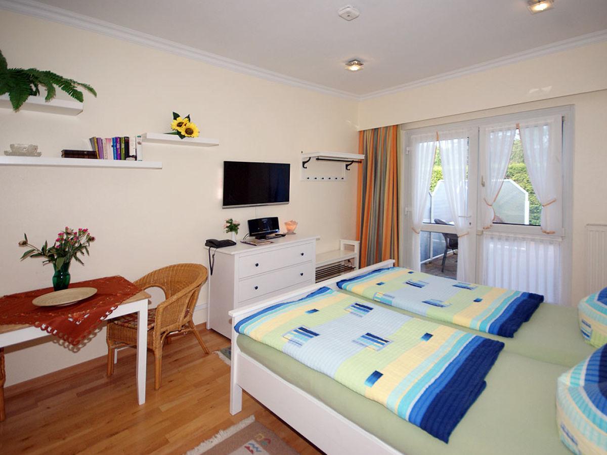 ferienwohnung haus am wald studio 04 seebad ahlbeck insel usedom firma touristik service. Black Bedroom Furniture Sets. Home Design Ideas