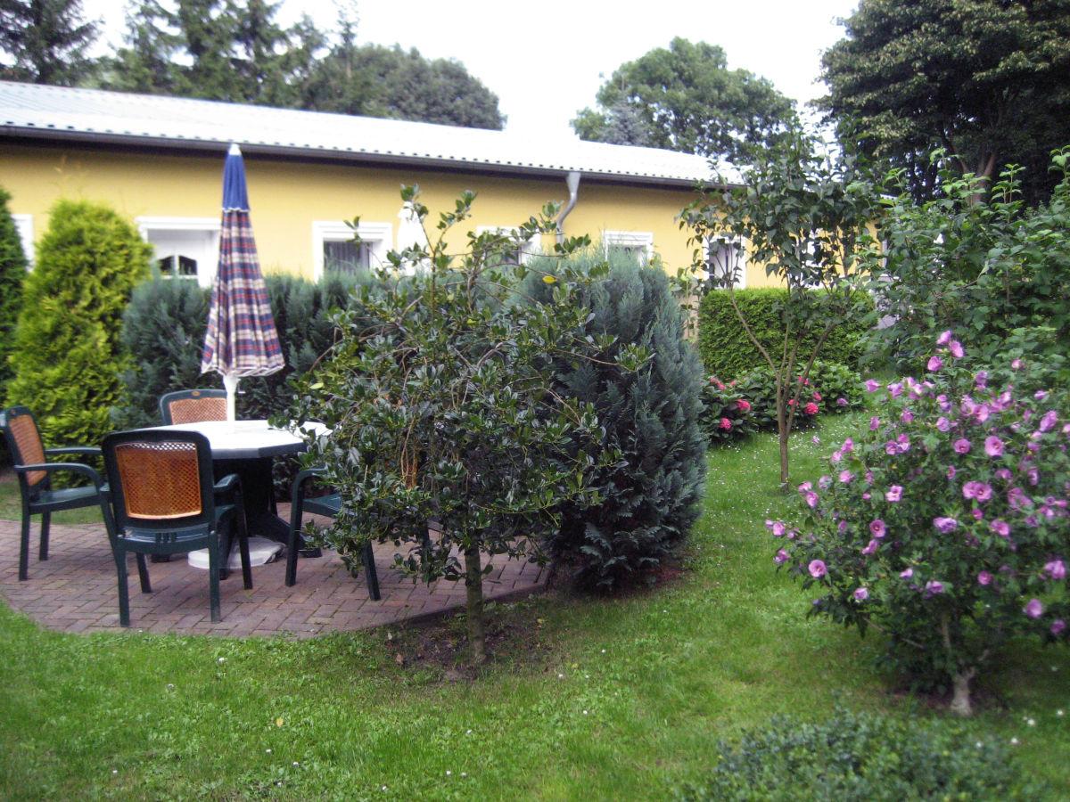 ferienwohnung haus am wald studio 9 seebad ahlbeck insel usedom firma touristik service. Black Bedroom Furniture Sets. Home Design Ideas
