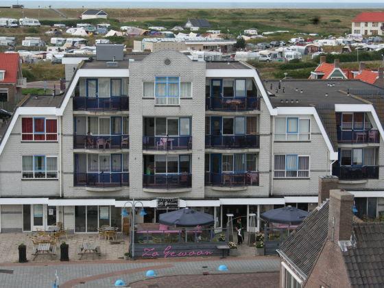 Apartment Petten Beach 14 Petten Nordsee K Ste Nordholland Direkt Am Strand Herr Piet Glas