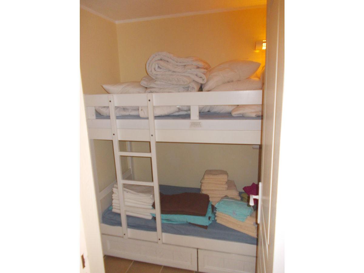 erstaunlich kinderzimmer mit hochbett ebenbild erindzain. Black Bedroom Furniture Sets. Home Design Ideas