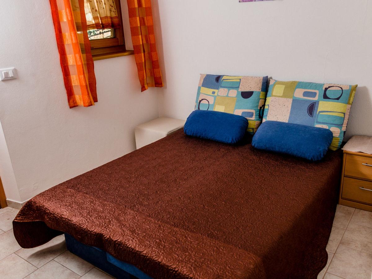 ferienwohnung meran im bauernhof gruberhof s dtirol meran und umgebung alexander z ggeler. Black Bedroom Furniture Sets. Home Design Ideas