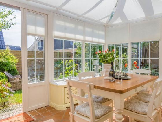 ferienwohnung wintergarten nordsee sylt tinnum firma das team fineline sylt ferienagentur. Black Bedroom Furniture Sets. Home Design Ideas