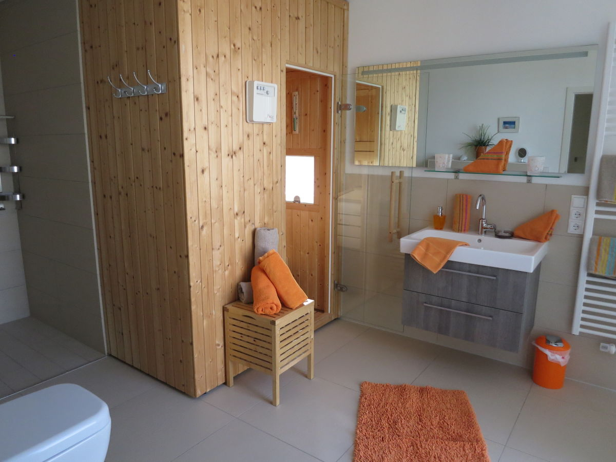 Ferienhaus olpenitz strand ostsee festland angeln for Balkon teppich mit tapete sauna