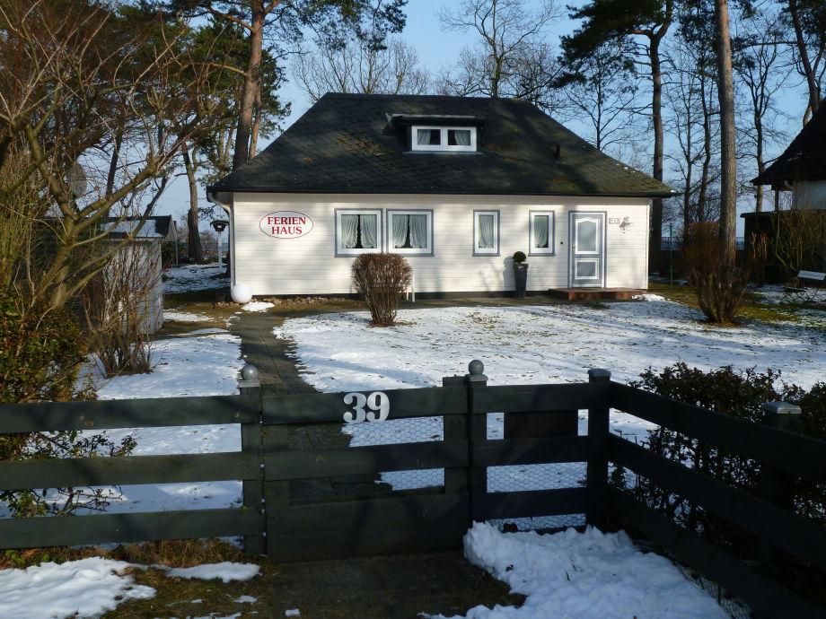 Ferienhaus Strandallee im Winter