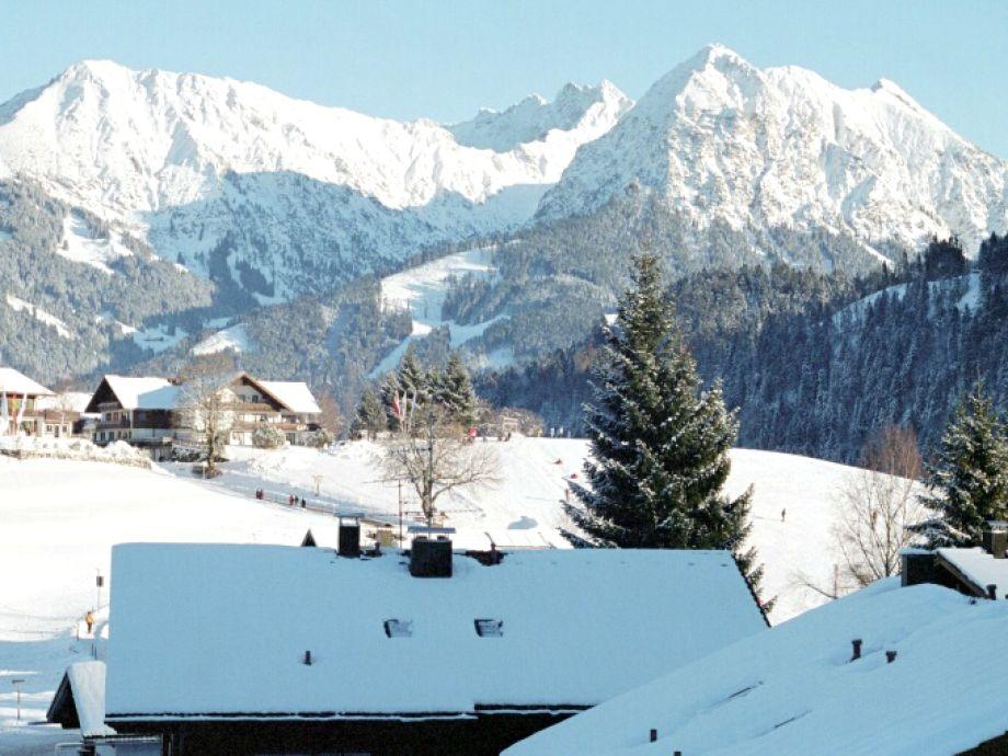 Ausblick über den Dorflift aus dem Wohnzimmer