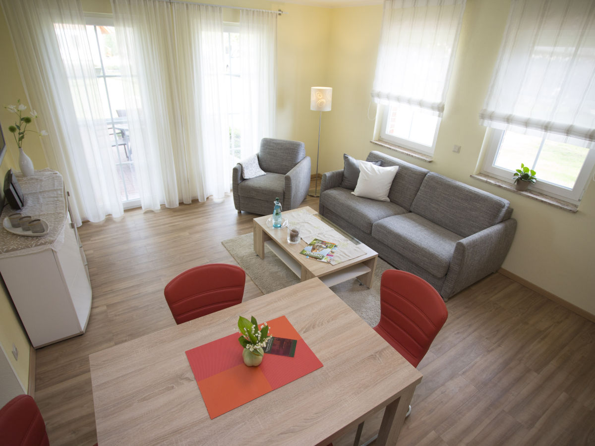 Ferienwohnung balance spreewald lodge spreewald burg for Wohn und esszimmer