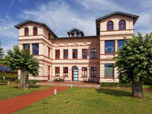 Ferienwohnung 6 in exklusiver Villa Maria in Koserow
