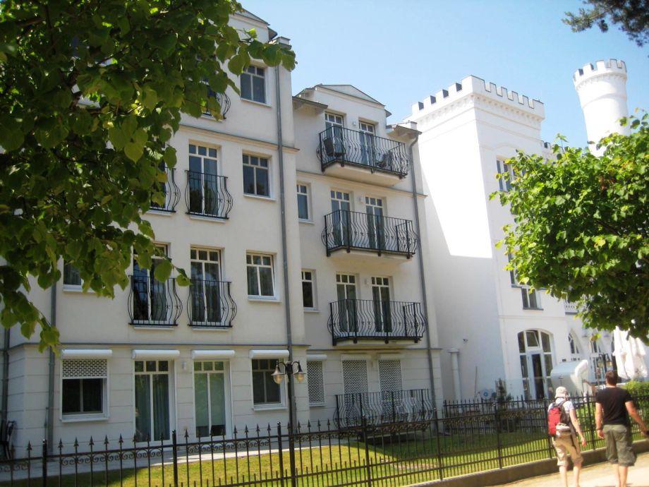 Haus Kastell von der Promenade aus
